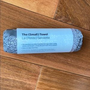 "New lululemon ""the small towel"""